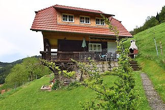 Idyllisches Ferienhaus in Mühlenbach mit eige...