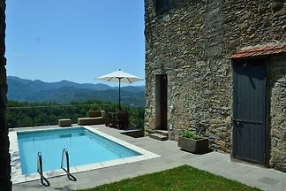 Historic Cottage in Fivizzano with Swimming...
