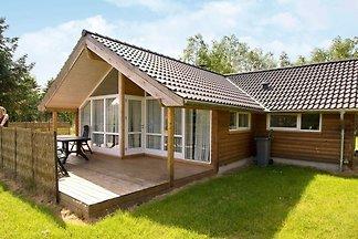 Wunderschönes Ferienhaus in Rødby mit Sauna