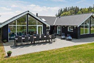 Moderne, luxe villa in Glesborg met zwembad