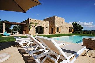 Ruhige Villa mit Swimmingpool in St.