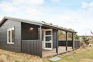 Hübsches Ferienhaus mit Terrasse in Vejers...