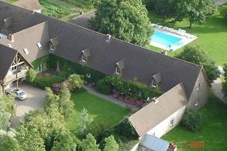 Ruhiges Ferienhaus mit Pool bei Quend
