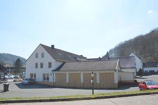 Idyllisches Ferienhaus in Schleiden mit Bar