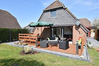 Gemütliches Ferienhaus in Herkingen mit Hottu...