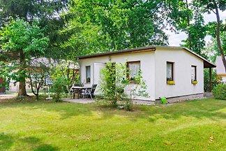 Helles Ferienhaus mit Garten in Mahlow,...