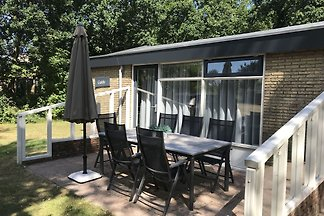 Lauschiges Ferienhaus in Ballum mit Terrasse