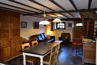 Gemütliches Ferienhaus in Fauvillers mit eige...