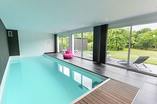 Moderne Villa mit privatem Pool in Fouesnant,...
