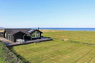 Ferienhaus am Meer in Jütland mit Terrasse