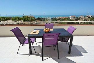 Delightful Apartment in Marina Di Ragusa with...