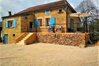 Authentisches Ferienhaus in Puy-L'evêque mit ...
