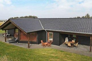 Idyllisches Ferienhaus mit überdachter Terras...
