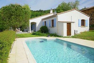 Komfortable Villa in Coux, Frankreich, mit ei...