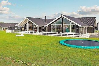 Luxuriöses Ferienhaus in Bogense mit...