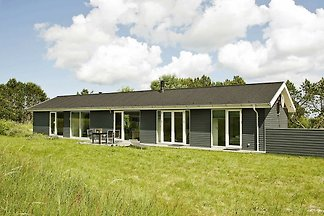 Cozy Holiday Home in Ålbæk with Barbecue