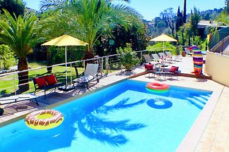 Moderne Villa in Vence mit Swimmingpool