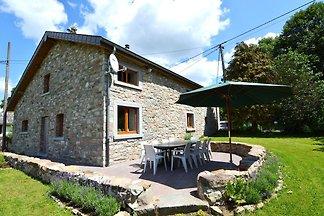 Geräumiges Ferienhaus mit Garten in Burtonvil...