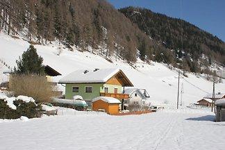 Moderne Ferienwohnung in Skigebietsnähe in...