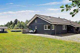 Ruhiges Ferienhaus in Brovst mit Sauna &...