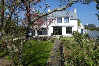 Moderne Villa in Concarneau in Meeresnähe