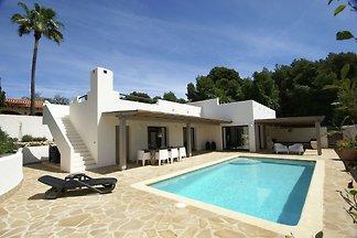 Moderne Villa in Moraira mit eigenem...