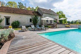 Gemütliches Ferienhaus in Yuvre-la-ville mit...