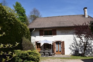 Ruhiges Ferienhaus in Waldnähe in...