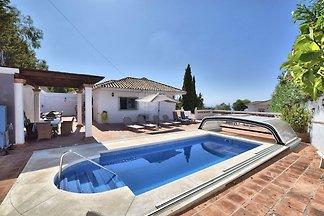 Luxuriöse Villa in    Benalmádena mit eigenem...