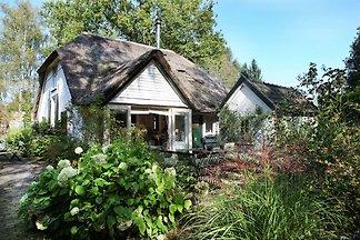 Idyllischer Bauernhof in Gorssel mit Garten