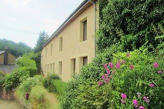 Modernes Bauernhaus in Chassepierre mit...