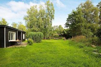 Hübsches Ferienhaus mit Kamin in Jaegerspris...