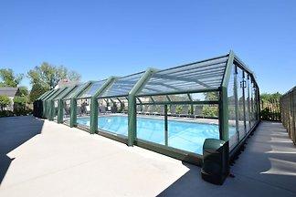 Luxuriöse Ferienwohnung mit Swimmingpool in...