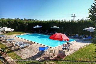 Splendid Farmhouse in Gualdo Cattaneo with...