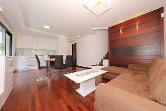 Schöne Wohnung im Erdgeschoss mit privater Te...