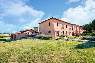 Delux Ferienhaus in Castiglione del Lago mit...