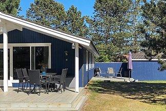 Reizendes Ferienhaus in Rødby mit überdachter...