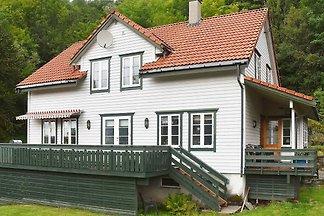 8 Personen Ferienhaus in LONEVÅG