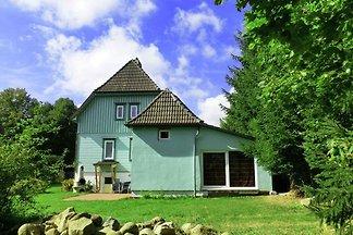 Luxuriöses Ferienhaus in Skigebietnähe in Ele...