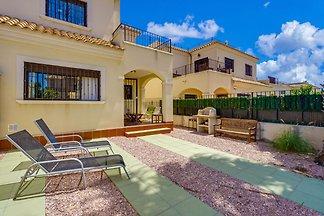 Großes Haus in Torrevieja (Valencia)