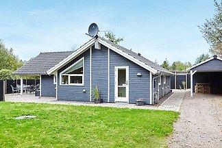 Ruhiges Ferienhaus in Seeland mit Sauna