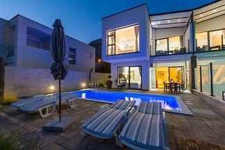 Modernes Ferienhaus in Grižane mit...