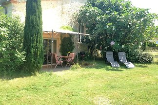 Ruhiges Cottage mit Swimmingpool in Fayssac,...