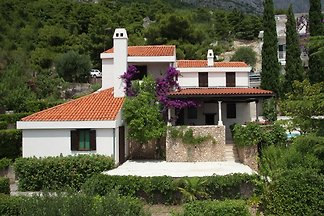 Charming Villa with Private Swimming Pool in...