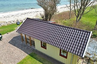 Zauberhaftes Ferienhaus in Otterup am Meer mi...