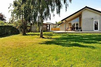 Modernes Ferienhaus in Borkop Jütland mit...