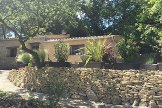 Sfeervolle gîte met zwembad en prachtige tuin...