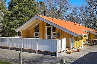 Geräumiges Ferienhaus in Jütland am Meer