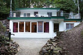 Idyllisches Ferienhaus in Dilsen-Stokkem mit...