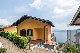 Modernes Appartement mit Swimmingpool in Ogge...